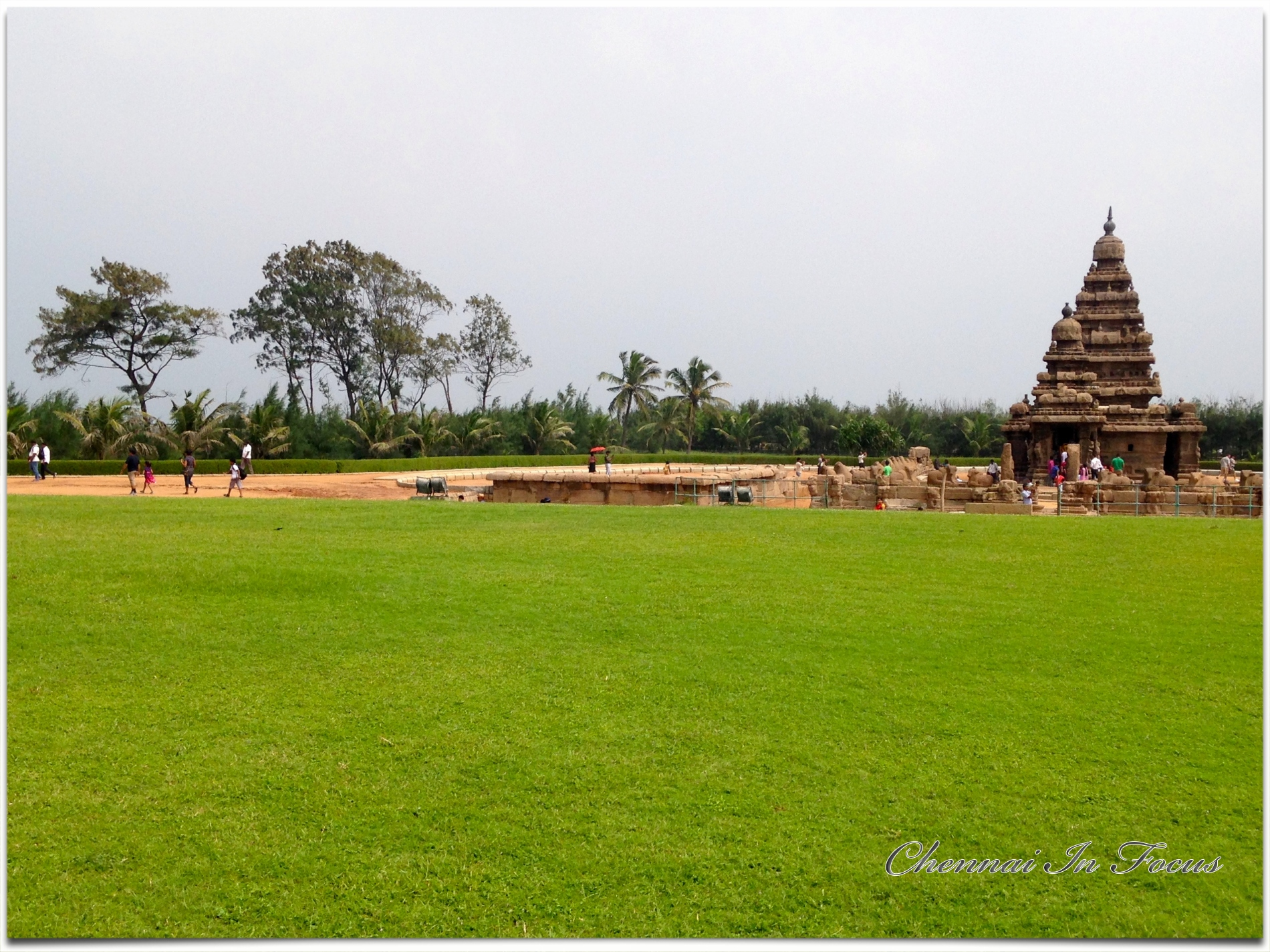 Mamallapuram, or Mahabalipuram, is a town on a strip of land between the Bay of Bengal and the Great Salt Lake, in the south Indian state of Tamil Nadu.